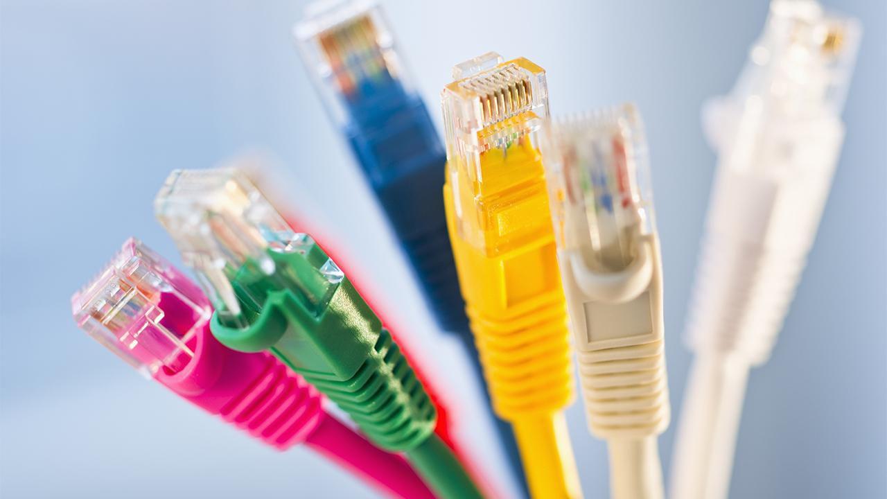 Evdeki Ethernet Kablo Renkleri Ne Anlama Gelir